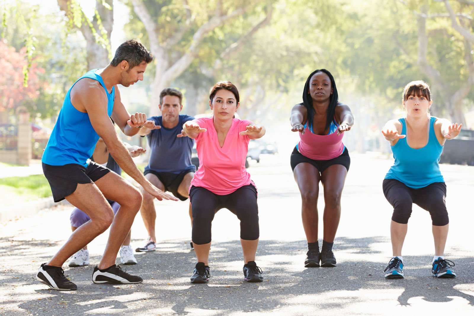 Can personal trainers teach group fitness classes?