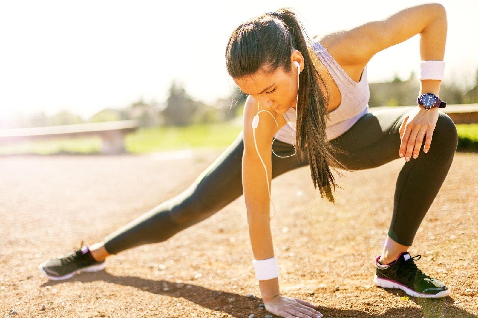 4 Workouts for Stronger Hip Flexors (Demo Videos)