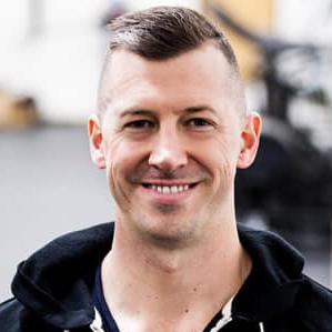 Meet Dustin Hassard, Owner of Modern Athletics [Interview]